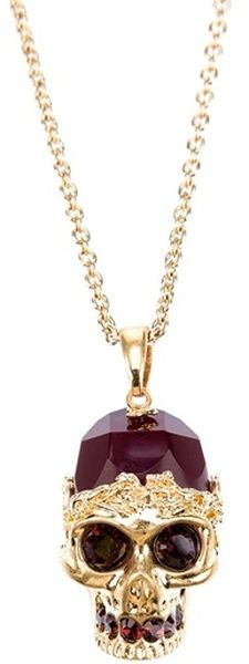 Alexander McQueen Skull Necklace. Would love to have this