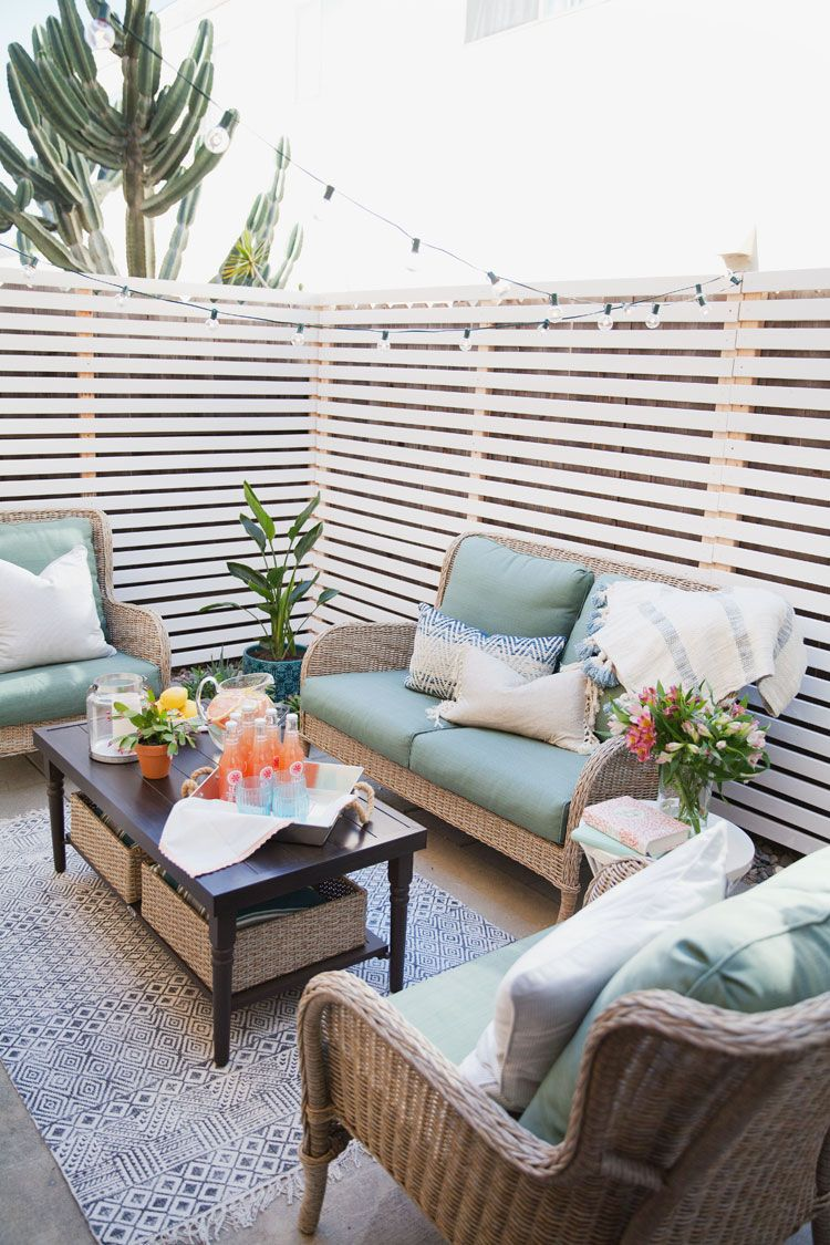 Here's a Budget Patio Makeover That's Renter-Friendly ... on Budget Friendly Patio Ideas id=45175