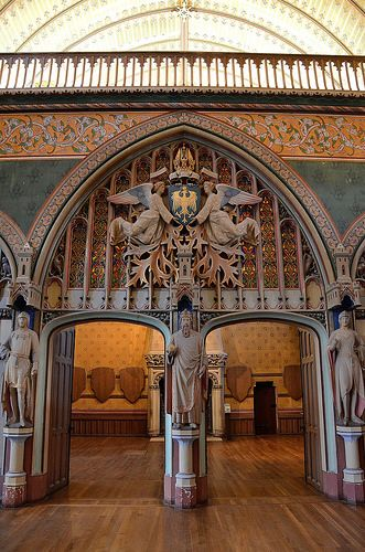 Chateau de Pierrefond, la salle des Preuses