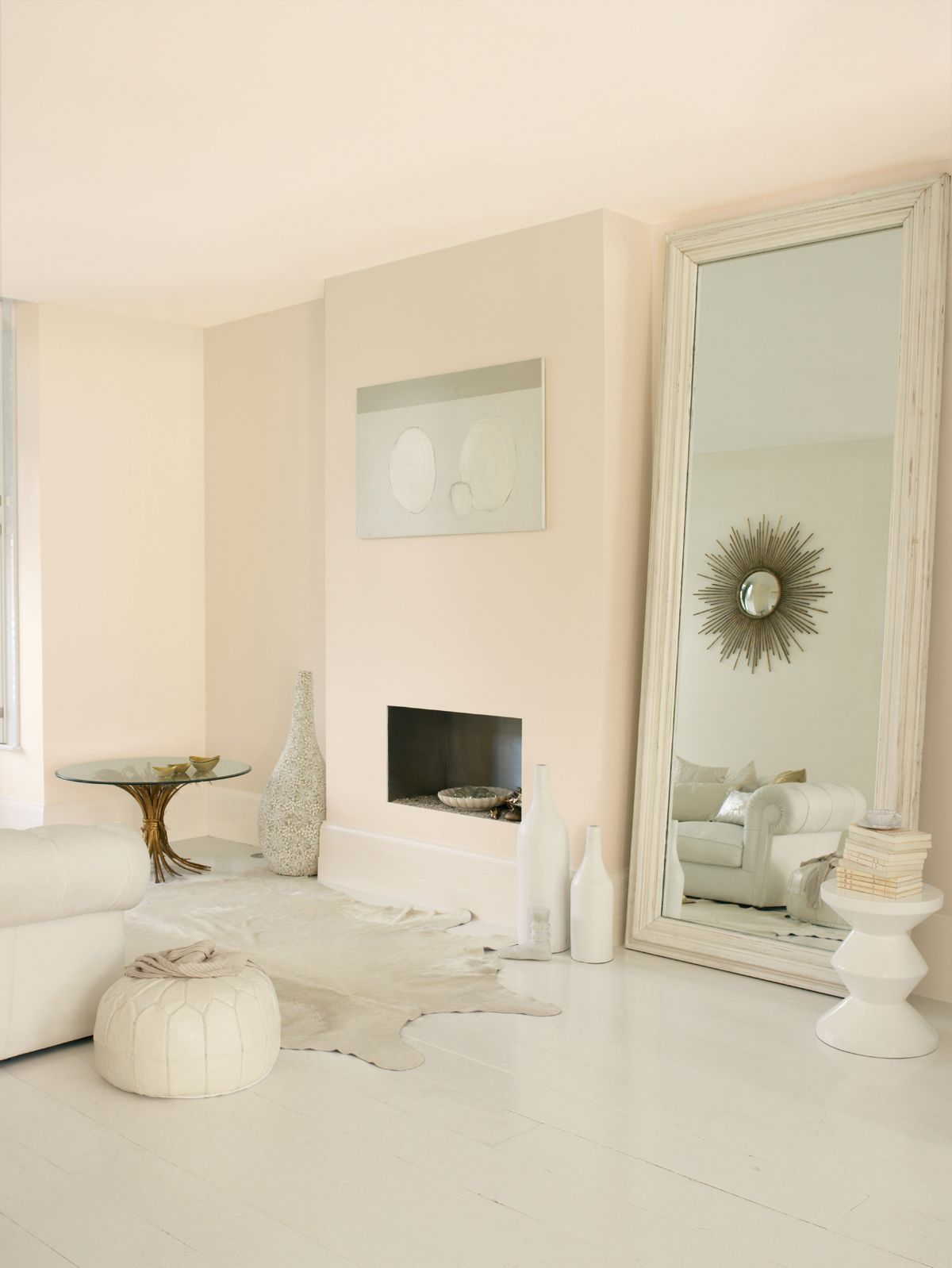 Dulux Jasmine white, silk finish (with white satin woodwork ...