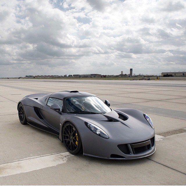 Bugatti Veyron Gt: Bugatti Veyron, Hennessey
