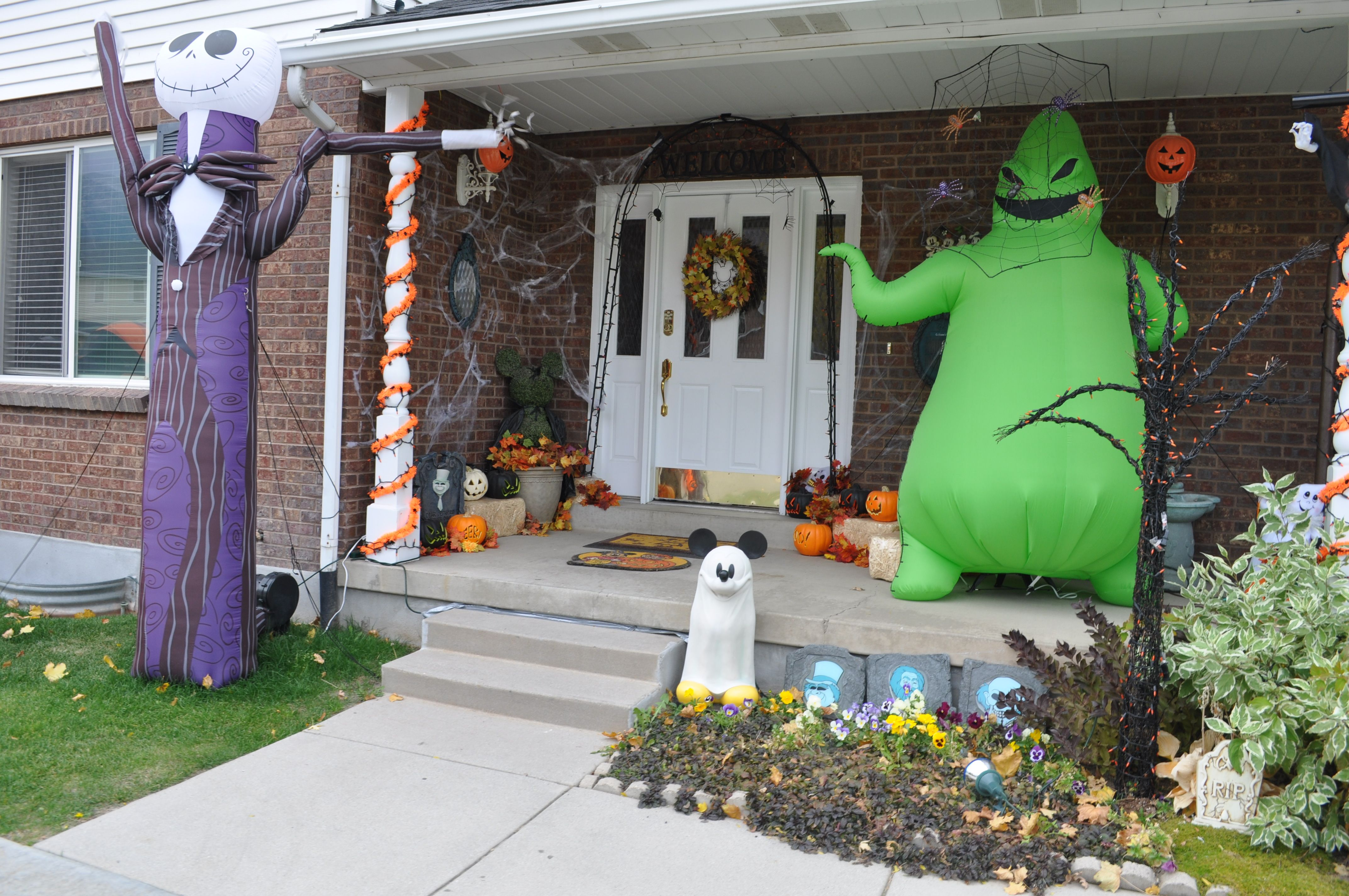 Halloween Decorations; Disney decorations; Nightmare