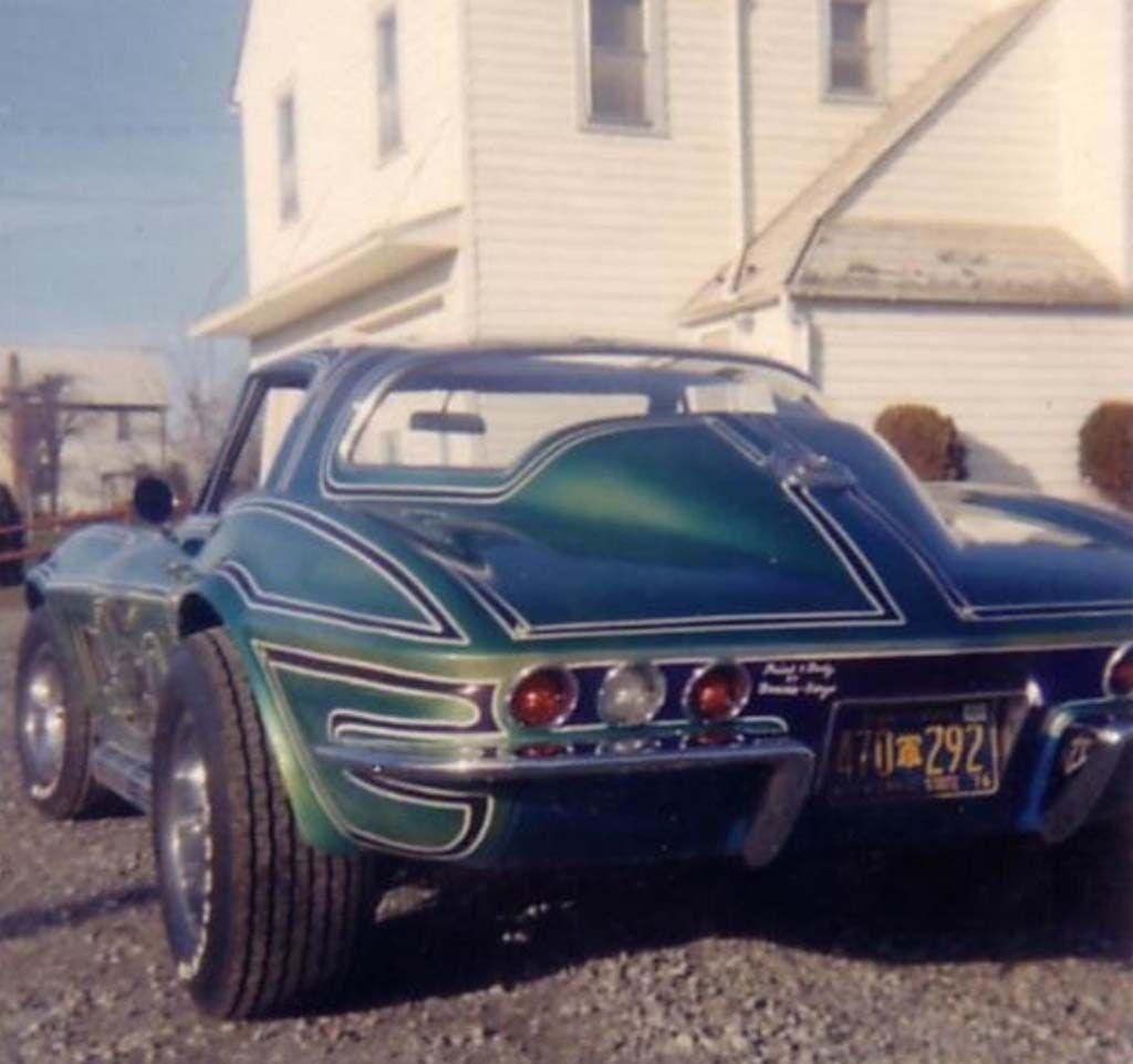 [GALLERY] Midyear Monday (30 Corvette Photos)