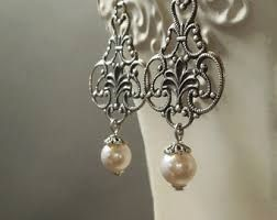 Image result for fenetre notre dame bijoux photo