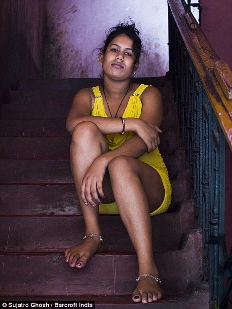 Pictured: Inside Asia's largest red light district | Kolkata | Red