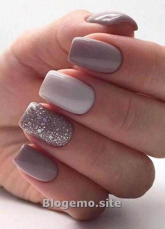 Stunning New Years Eve Nail Art Design Ideas Blogemo Short Acrylic Nails Designs Glitter Gel Nails Short Acrylic Nails