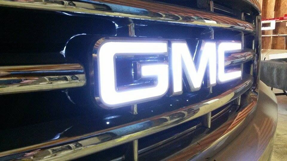 Illuminated Gmc Logo S Gmc Truck Accessories Gmc Trucks Sierra