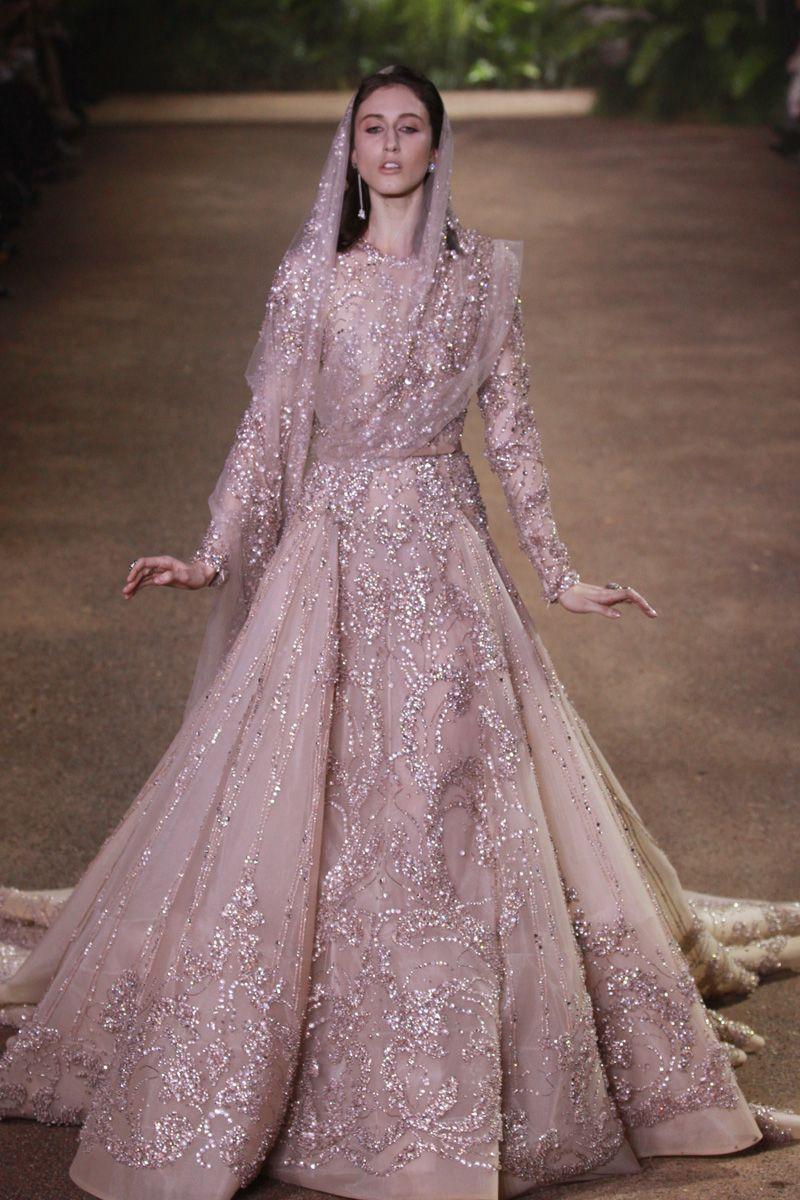 Elie Saab: alta-costura com styling contemporâneo - Vogue   Desfiles