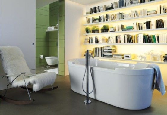 banheira e livros