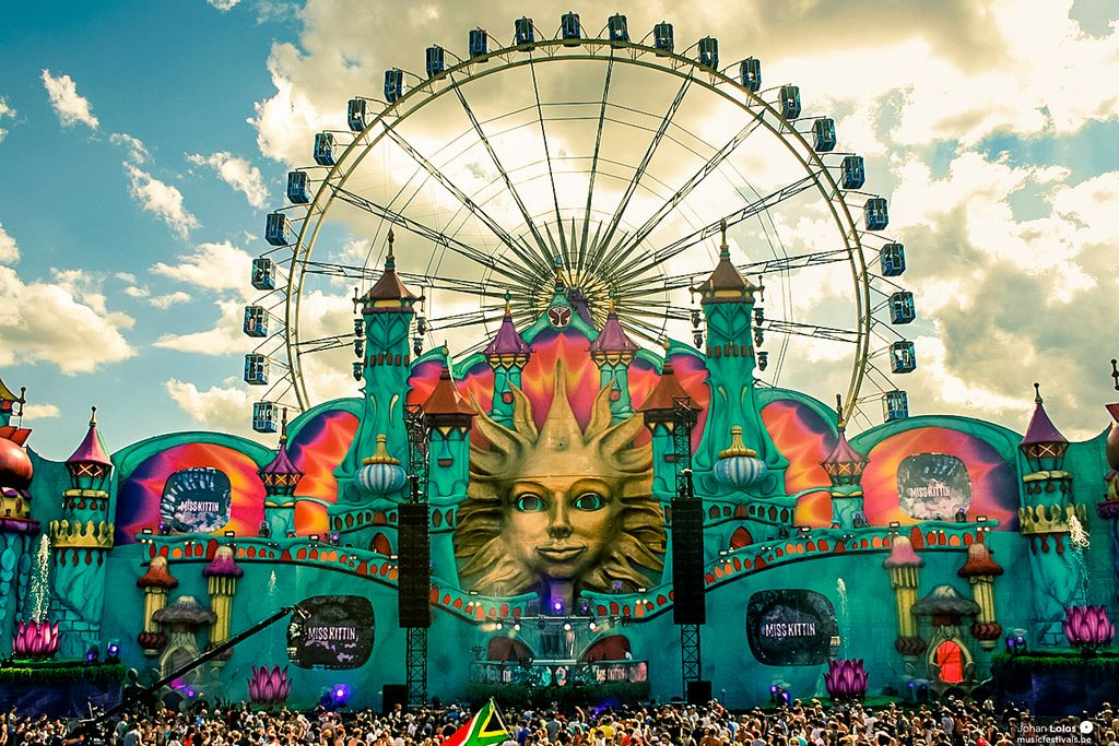 Tomorrowland!!!!!!!!!!!!!!!!!!!!!!!!!!!!!!
