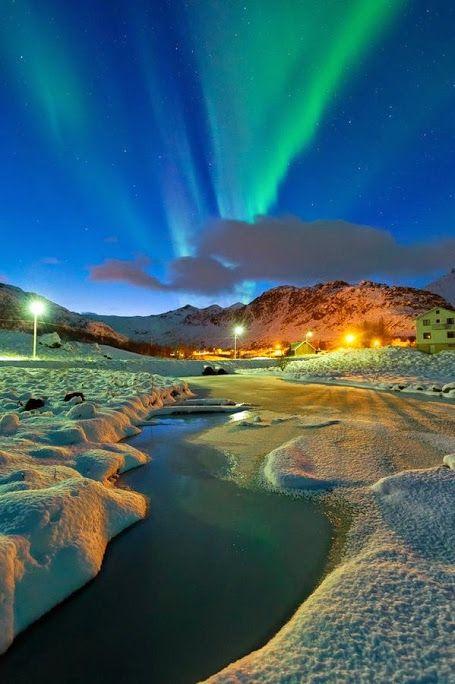 Северное сияние в Норвегии  #мирпрекрасен #мир_необычного #amazing #пейзаж #beautiful #beautifulpictures #шедевры_вселенной #красивый_пейзаж #природа #красота #мирпрекрасен #beauty #beautiful #naturek #landscape
