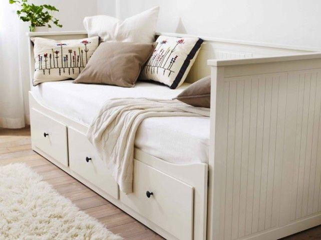 Studio Nos 30 Idees De Rangements Bien Penses Elle Decoration Canape Ikea Lit Gigogne Deco Maison