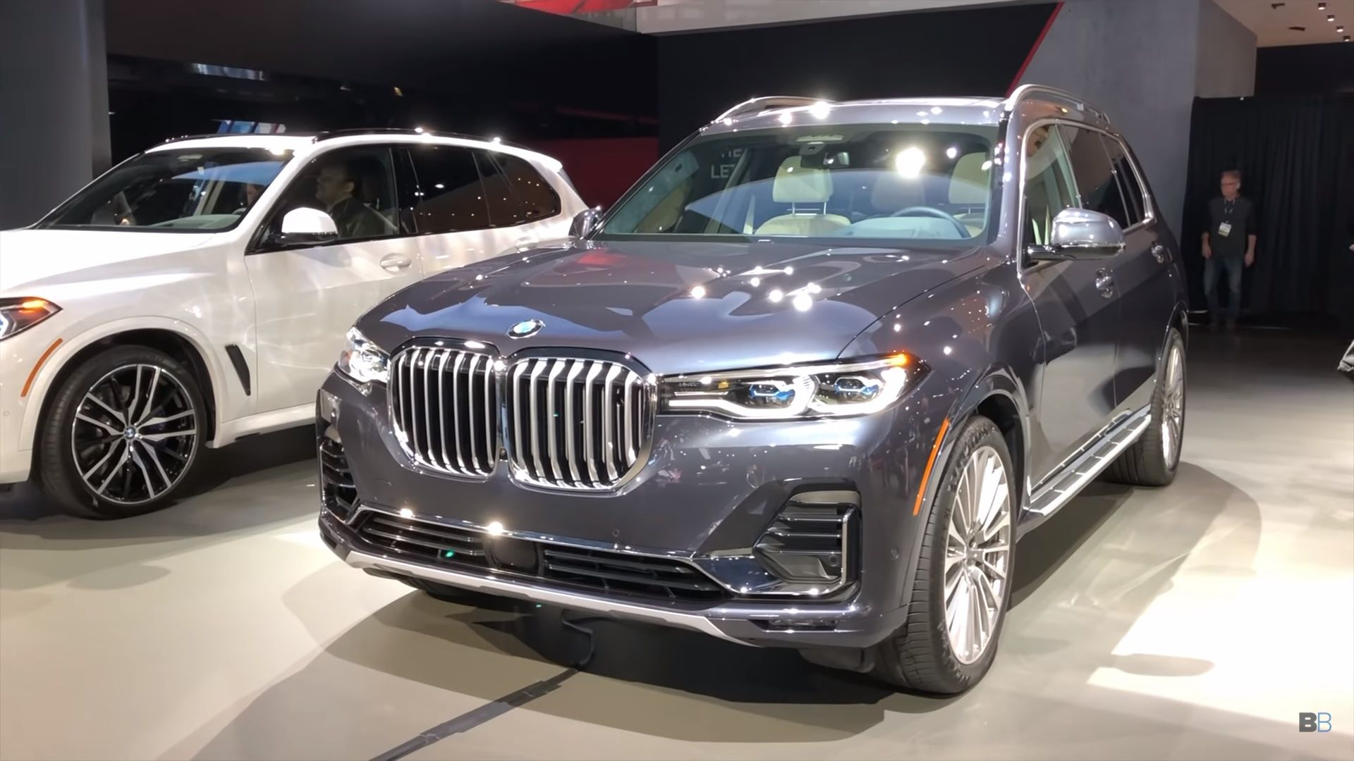 Check Out This Nice Demo Of The 2019 Bmw X7 S Third Row Seating Top Speed Bmw X7 Bmw Suv Cars