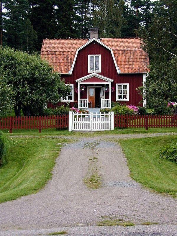 Hausanstrich farbe w re eine rote hausfassade etwas f r sie torp haus haus ideen haus pl ne - Skandinavisches gartenhaus ...