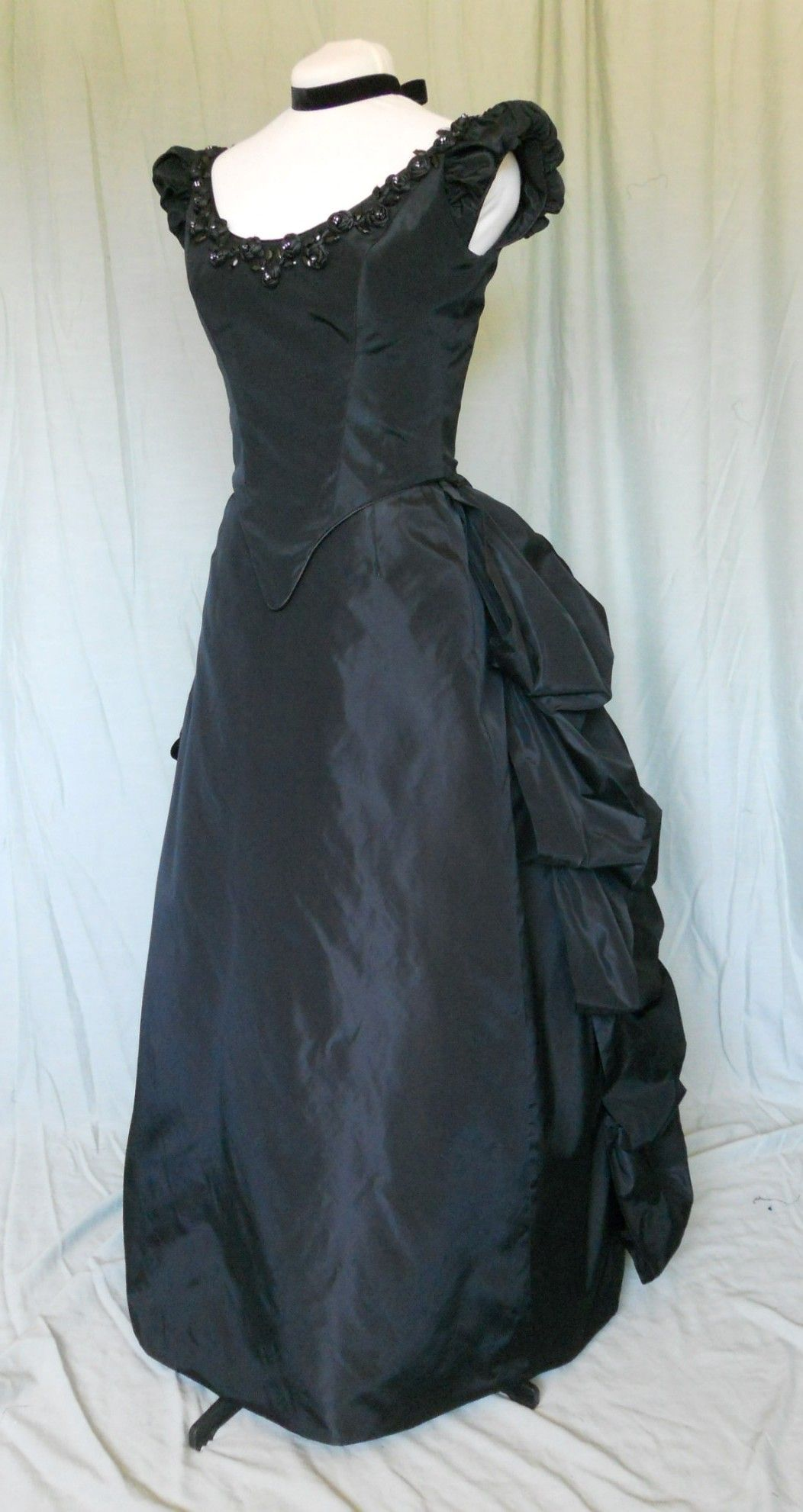 Black Gothic Neo-Victorian Bustled Style Ball Gown | Sewing ...