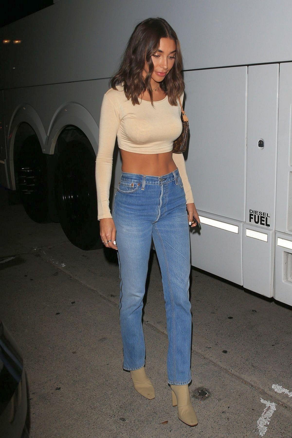 Photo of Chantel Jeffries bär RE / DONE blixtlås jeans – denimologi