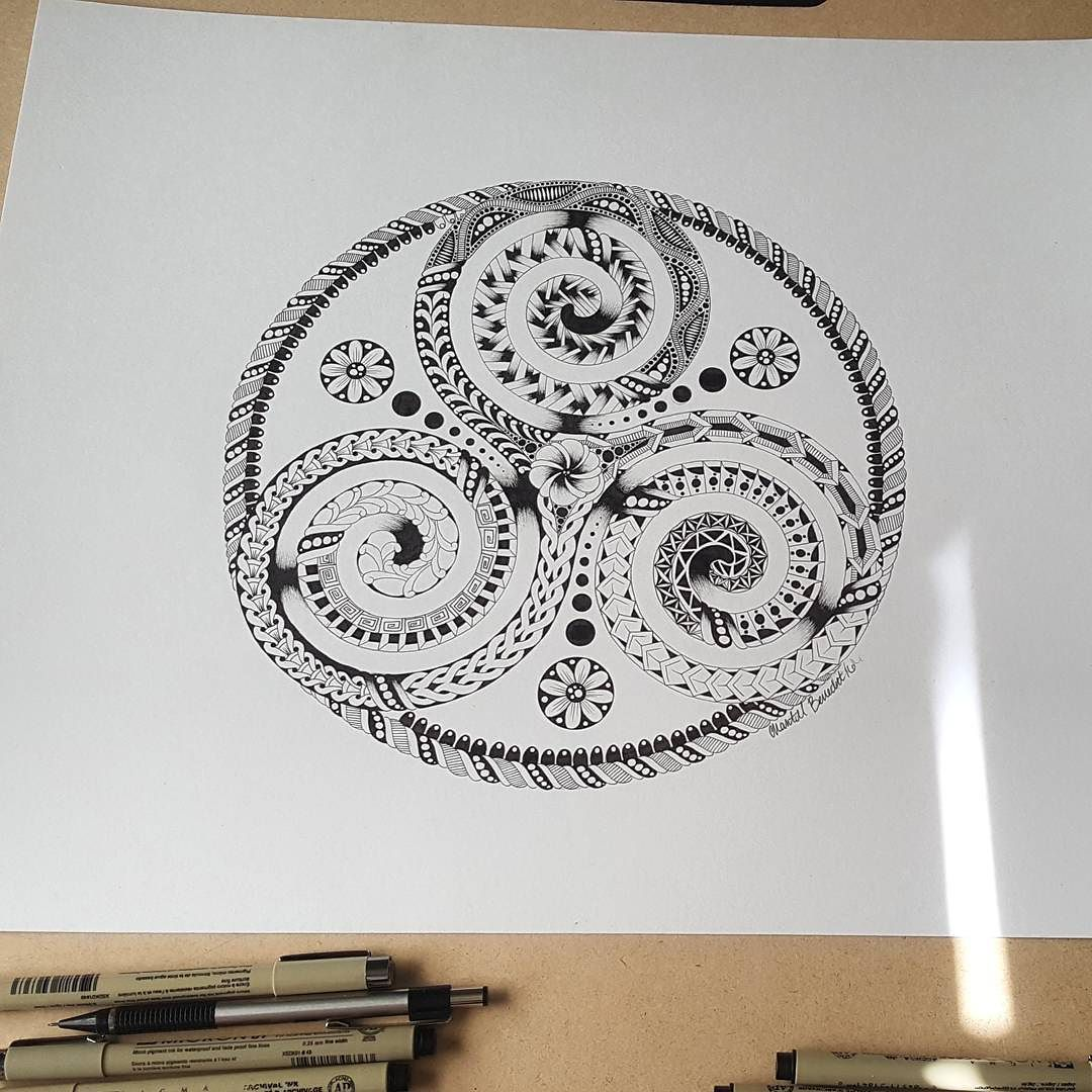 Finished this symbol earlier today   #Buddhist #triskelion #spiritual #mindbodysoul #powerintellectlove #triskel #celtic #futuretattoo #zentangle #zendoodle #drawing #artist #instaart #instaartist #art_spotlight #artistworld #arts_help #chantelbenedictartwork #blvart #tanglersofinstagram #linework #tribal #art_collective_mag #thinkspace #art_sanity #shaded_canvas #discoverytalent #arts_worldly #progress #drawing #talentedpeopleinc #blvart by c_benedict_97