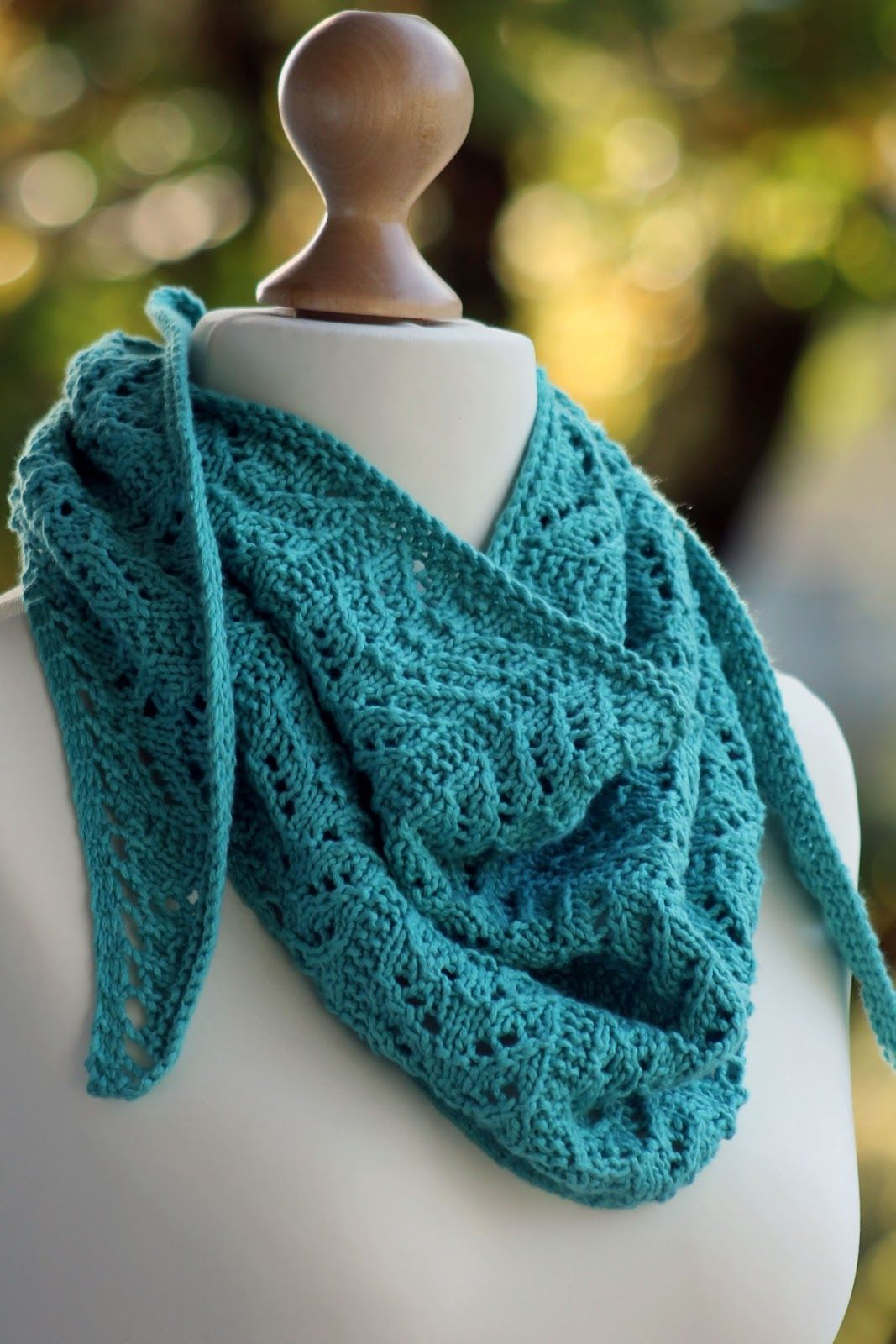 True Blue Shawlette | Knitting/crochet | Pinterest | Shawl, Knitting ...