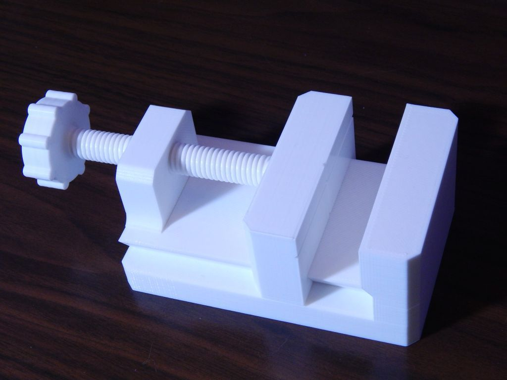 Small Desktop Vise By Kdan Thingiverse In 2020 3d Druck