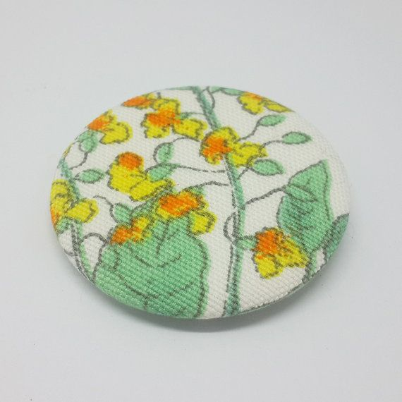 Hey, I found this really awesome Etsy listing at https://www.etsy.com/listing/473682197/fabric-brooch-fabric-brooch-with-green