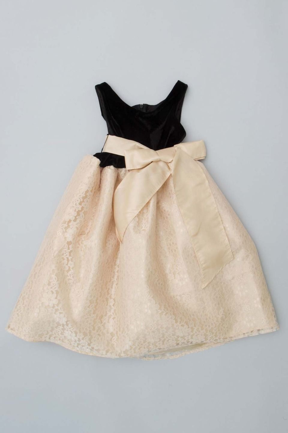 C'est Chouette Couture - Infant/Toddler/Girls Lace Bow Dress in Black and Gold