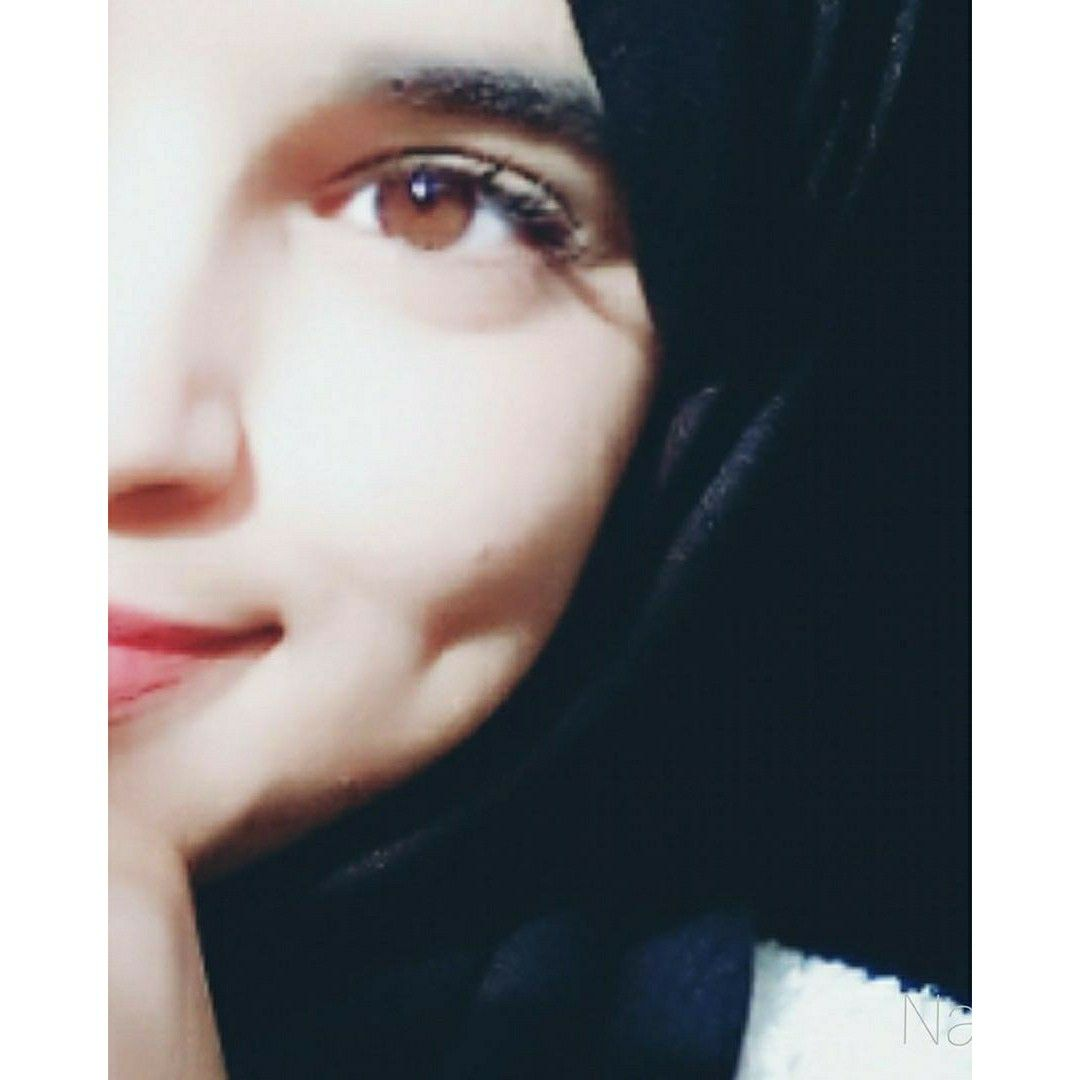 Pin By Howry On Hijab Hijabi Girl Cute Girl Poses Cute Girl Photo