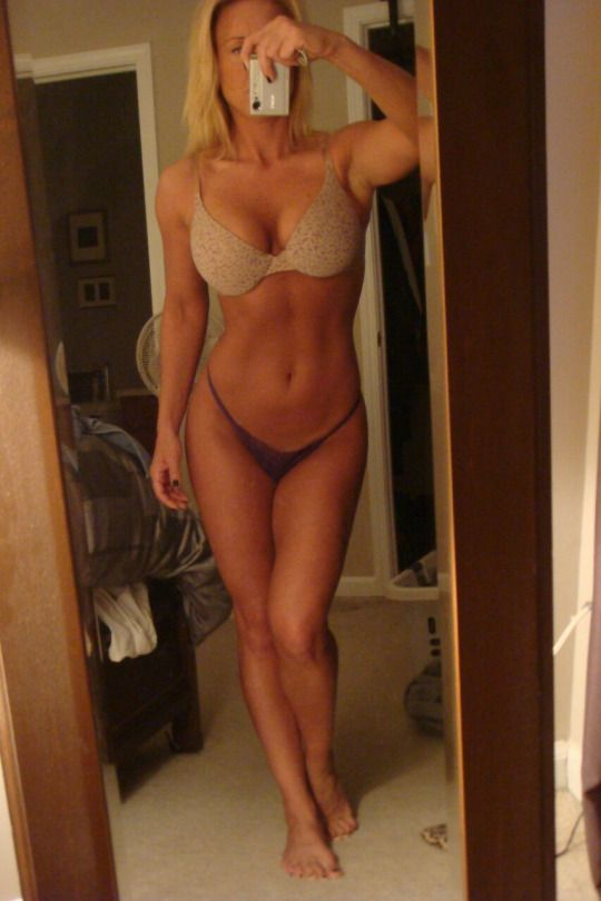 Milf with selfie