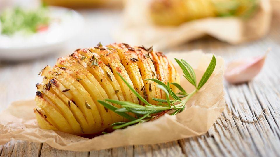 Ziemniaki Z Grilla Przepis Recipe Food Recipes Cooking