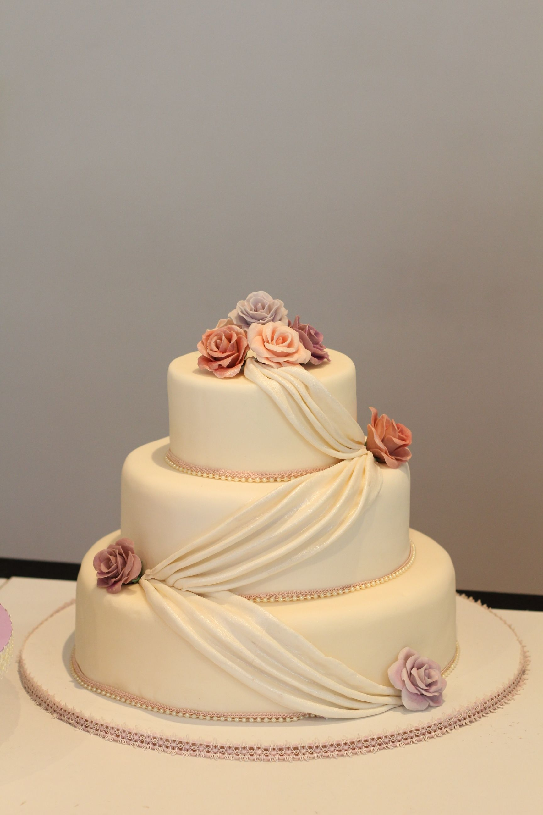 wedding cakes los angeles prices%0A Elegant wedding cakes       Santiago Los Angeles