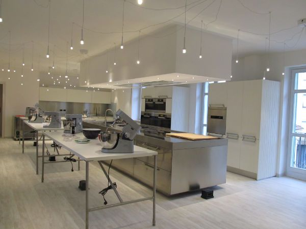 Icook Chieri Is The Location Chosen For The Cookery School Run By Luca Montersino And Francesca Maggio The New Star Of The Arclinea Design Cooking