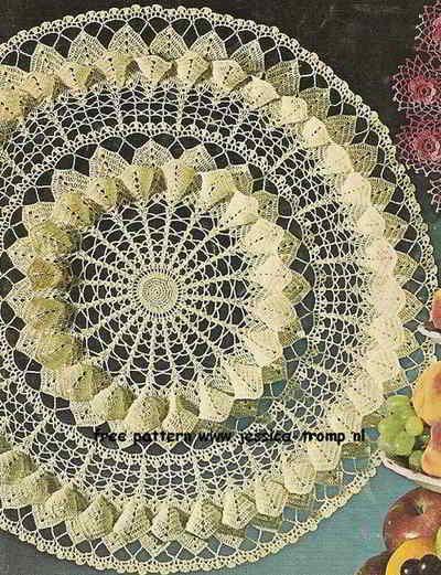 Magnolia Blossom Centerpiece Crochet Filetdoily Fun Vintage