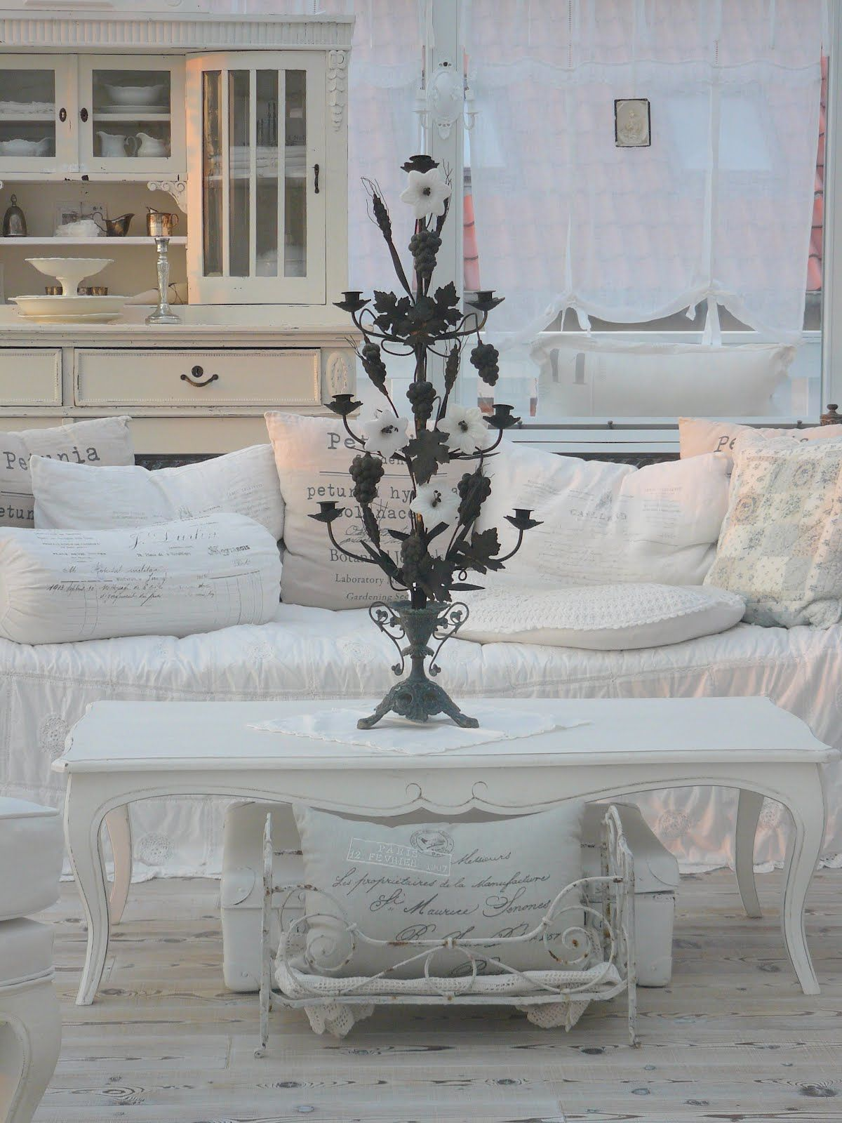 Country Shabby Chic Decorating Ideas