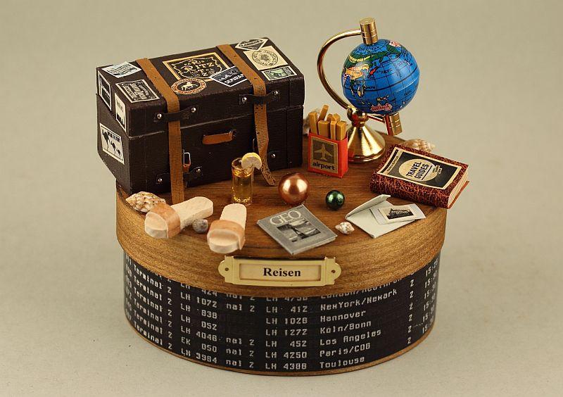 Reisen, Miniatur-Deko-Dose groß von Miniaturen Schaller auf DaWanda.com