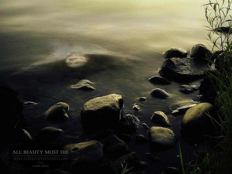 All beauty must die. Photomanipulation