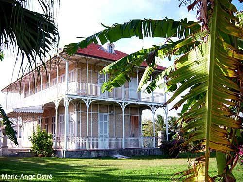 halte au vol de photos sur internet maison style colonial pinterest maisons coloniales. Black Bedroom Furniture Sets. Home Design Ideas