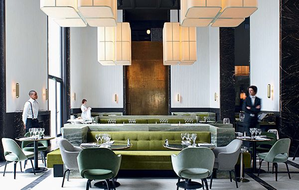 With an enviable location in the new wing of the palais de for Eiffel restaurant berlin