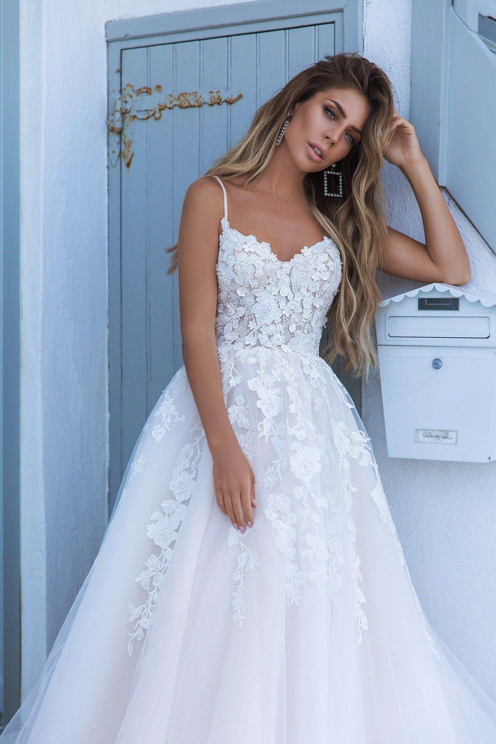 Wedding dress no sleeve Wedding dress a line  Wedd