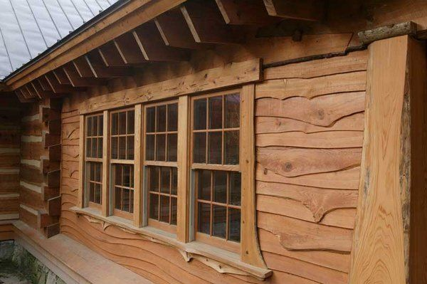Log Cabin Siding Materials And Options Wood Vinyl Or Aluminum Siding Options Log Cabin Siding House Siding