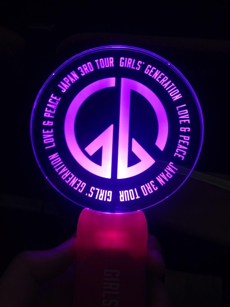 snsd lightstick love amp peace japan 3rd tour 140426 snsd