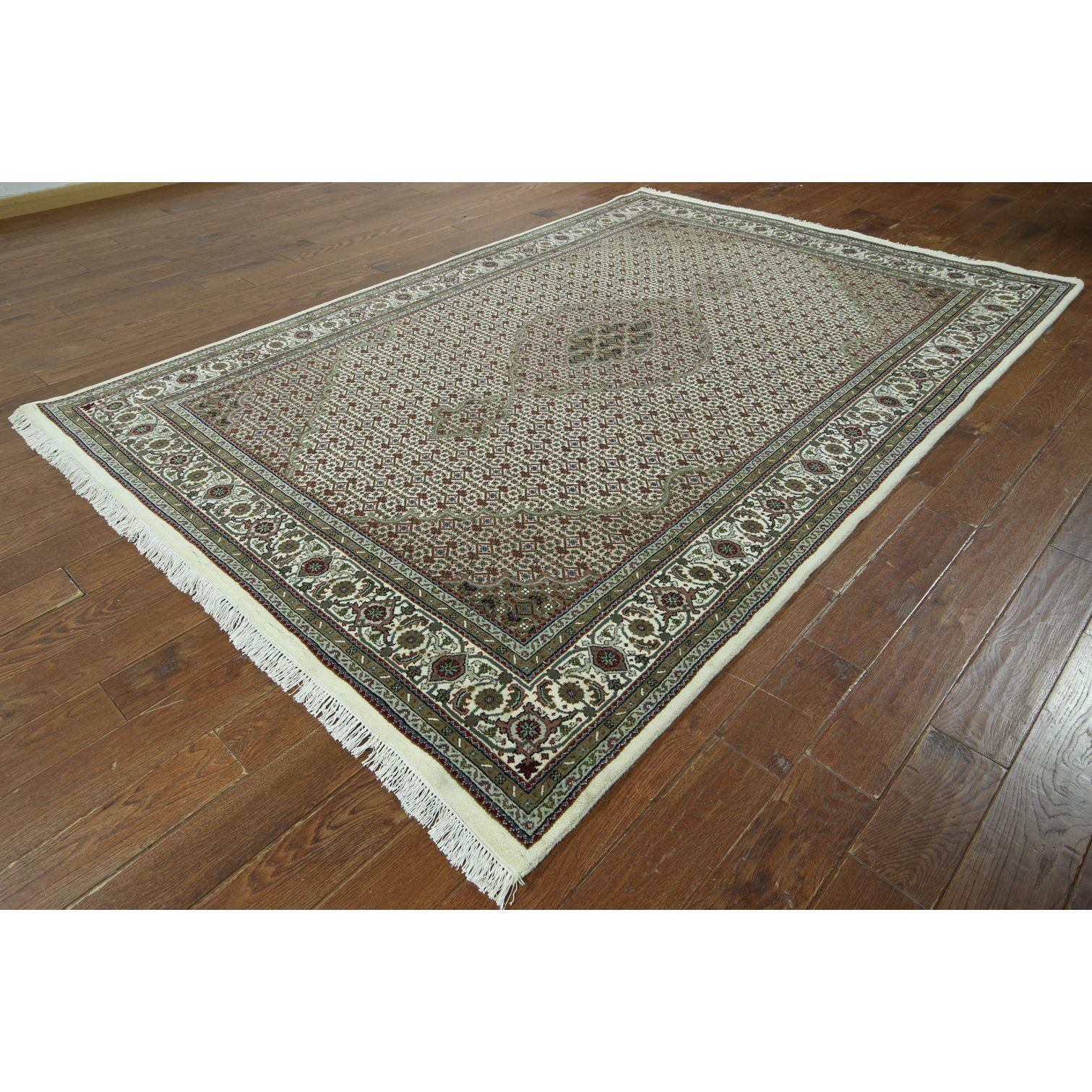 Manhattan Hand-knotted Oriental Wool Rug