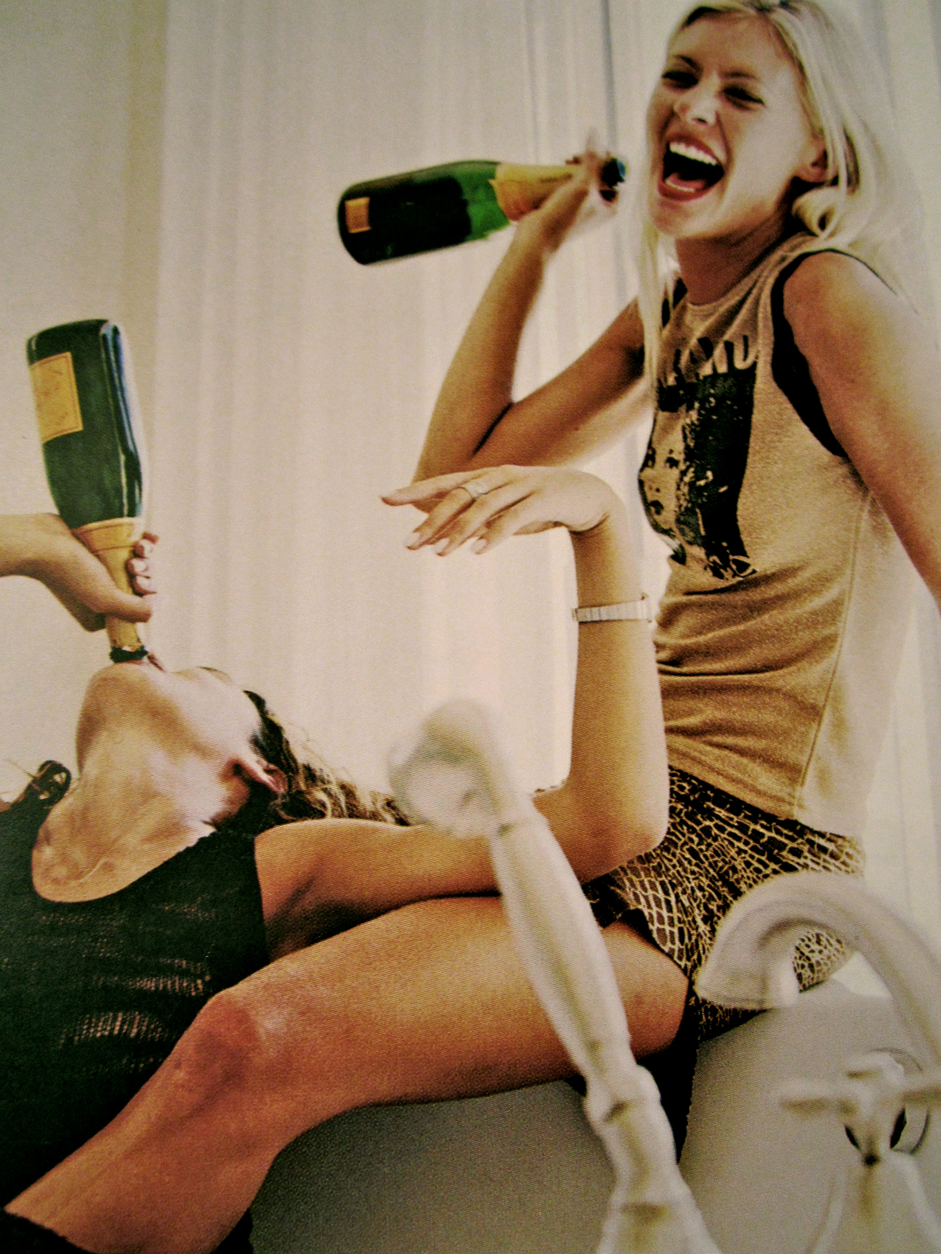 aaa76f2a7193 champagne, rich and happy life. Moments with My Bbf ...kinda feel like this  ; ) ....Friends <3
