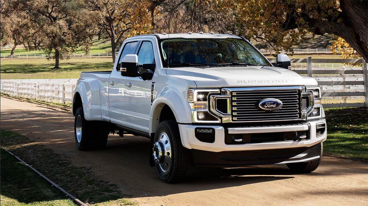 Ford Debuts New Godzilla 7 3 Liter V8 And 10 Speed Auto For 2020 F Series Super Duty In 2020 Ford Super Duty Super Duty Trucks Ford F Series
