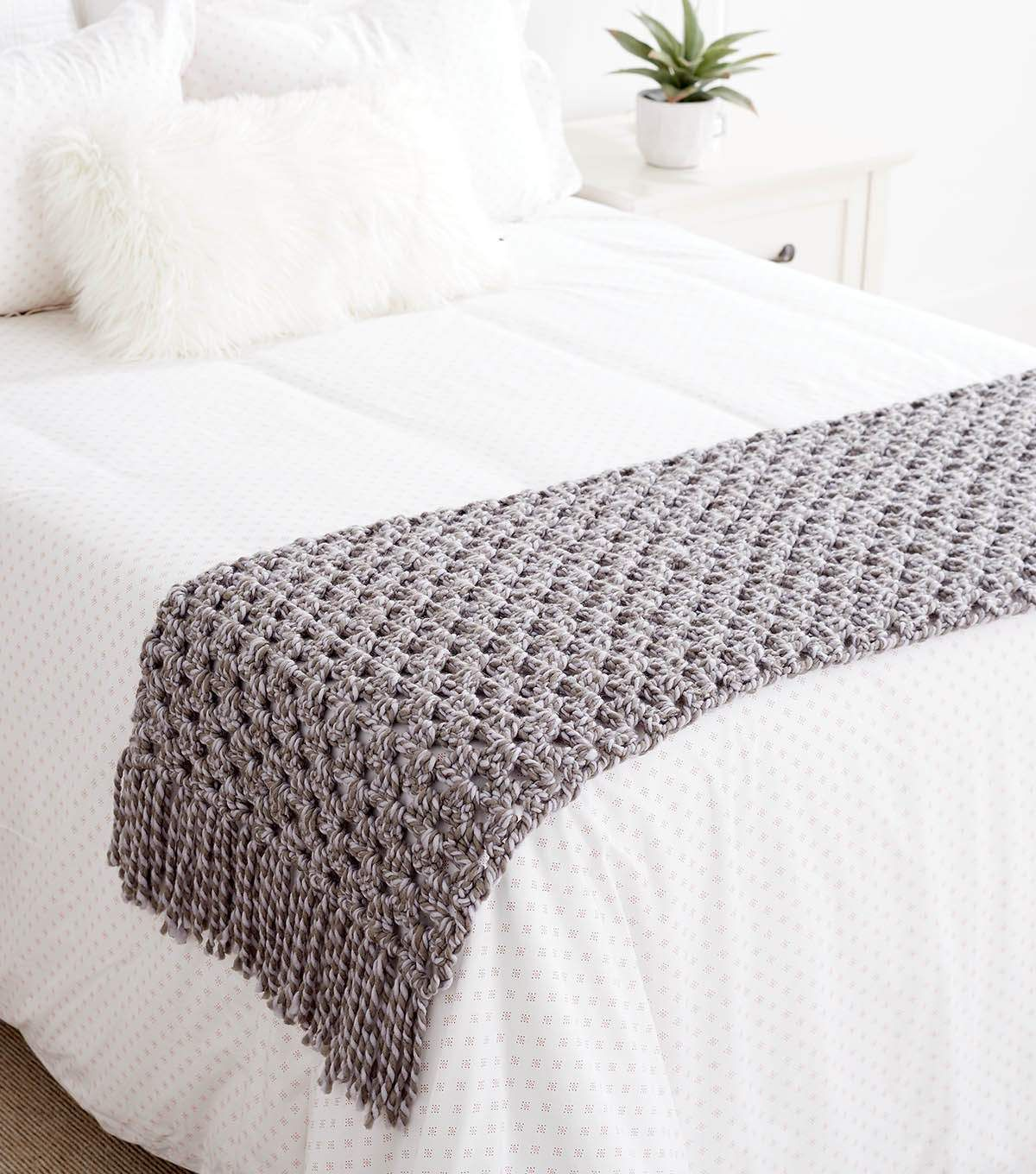 How To Crochet A Bed Scarf Bed Scarf Bed Throws Bed
