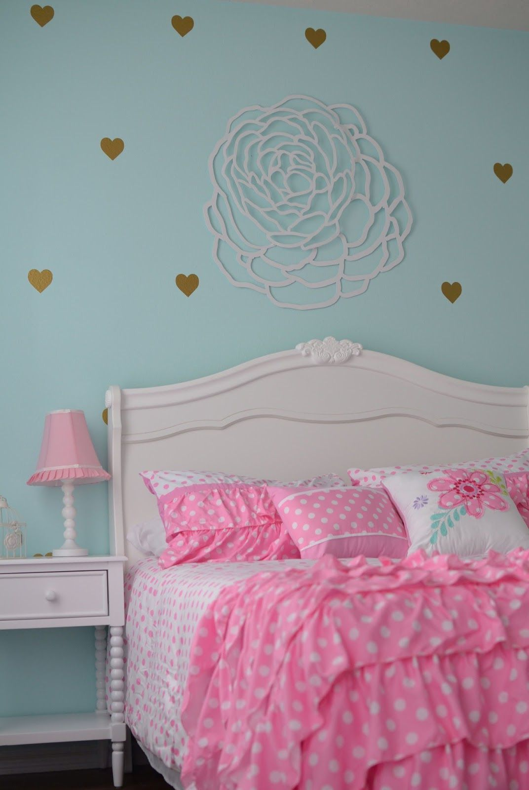 Little Girl's Room. Mint / Aqua, Pink, Gold And White