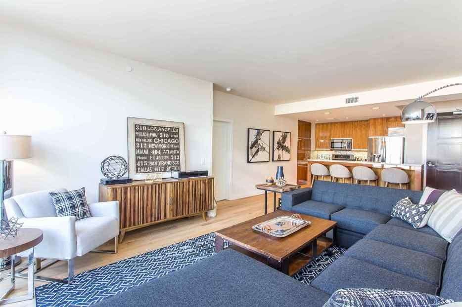 39+ Getting smart with: Luxury Apartment Decorating for ...
