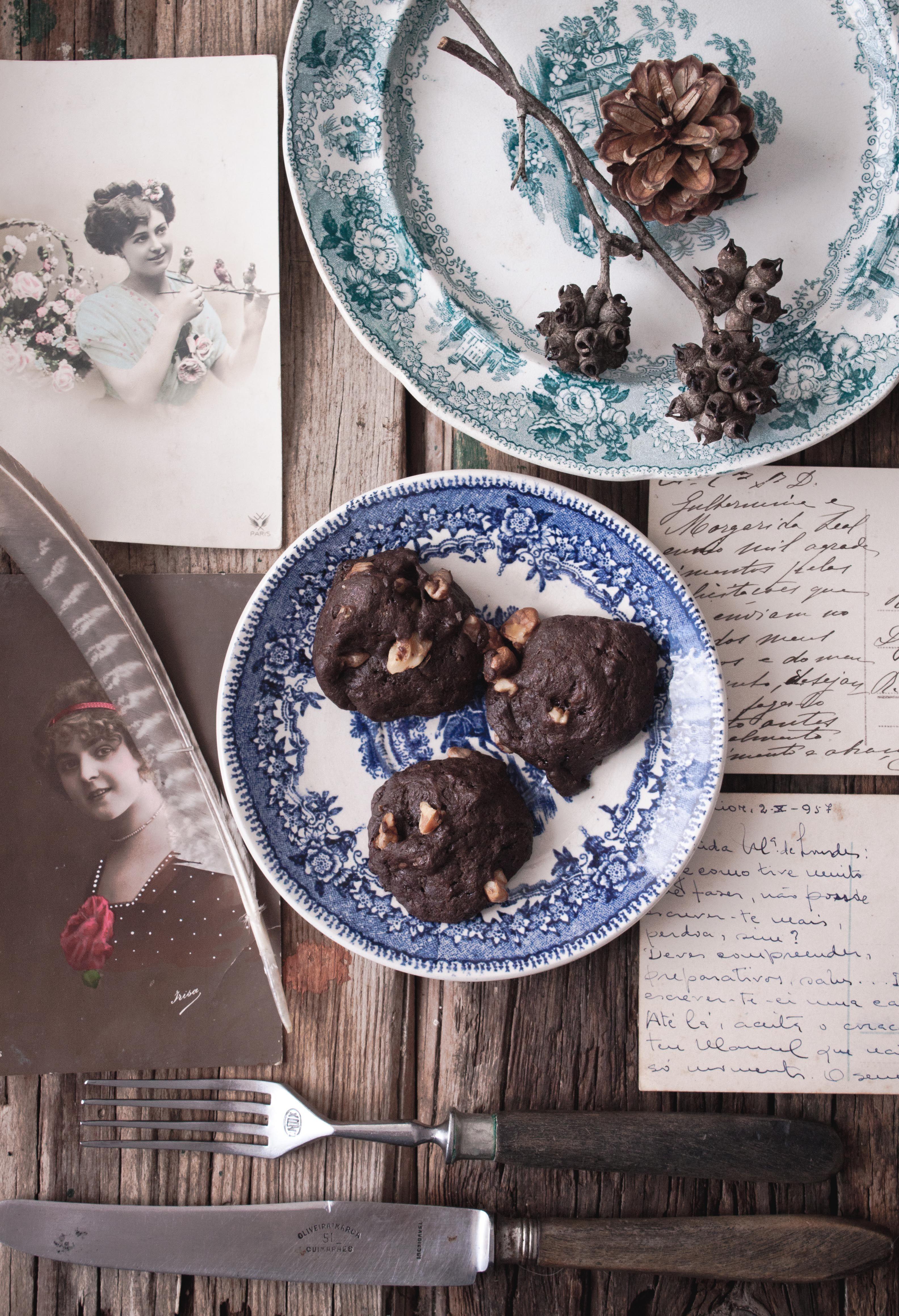 Carob Cookies | Photography and Styling by Sanda Vuckovic Pagaimo