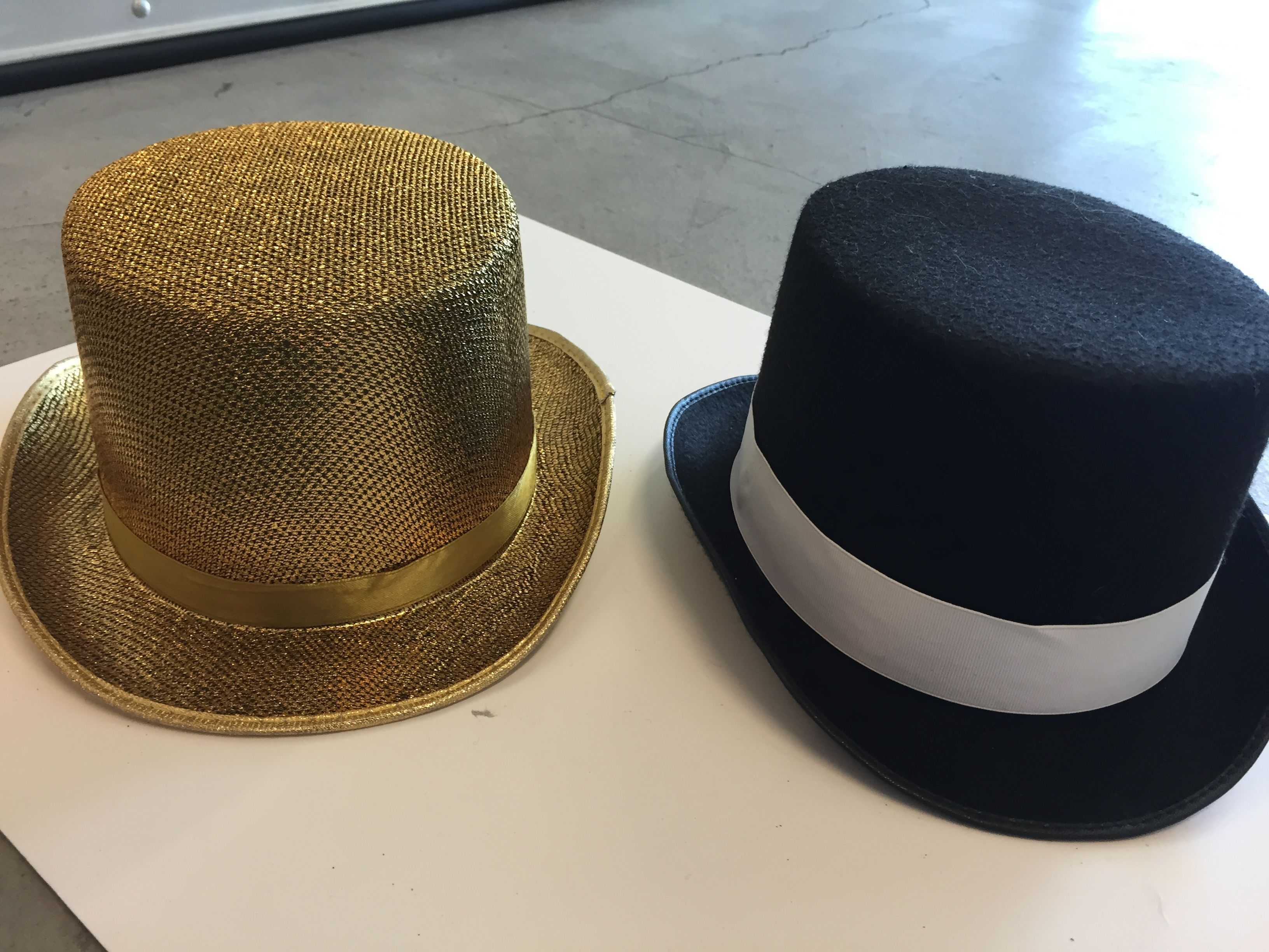 69d83a0697b 1 gold sparkly top hat