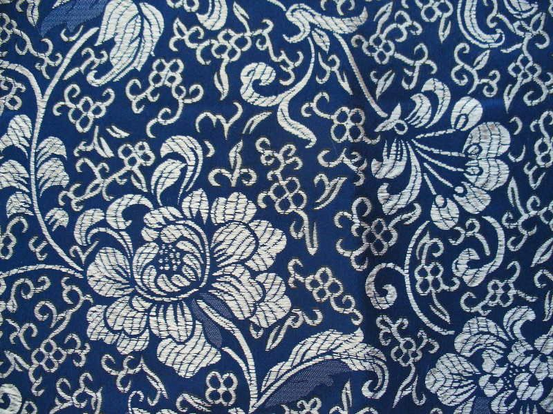 Blue And White Vintage Wallpaper It Looks So Lush