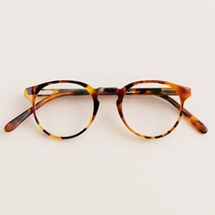 9b24356fc Armação tartaruga | Glasses | Oculos vintage、Óculos、Óculos redondo