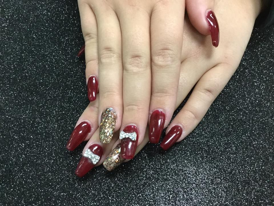 Beautiful nails at Oliver Finley Academy of Cosmetology